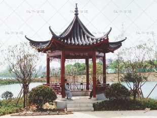 岳阳旅游区仿古六角亭施工中